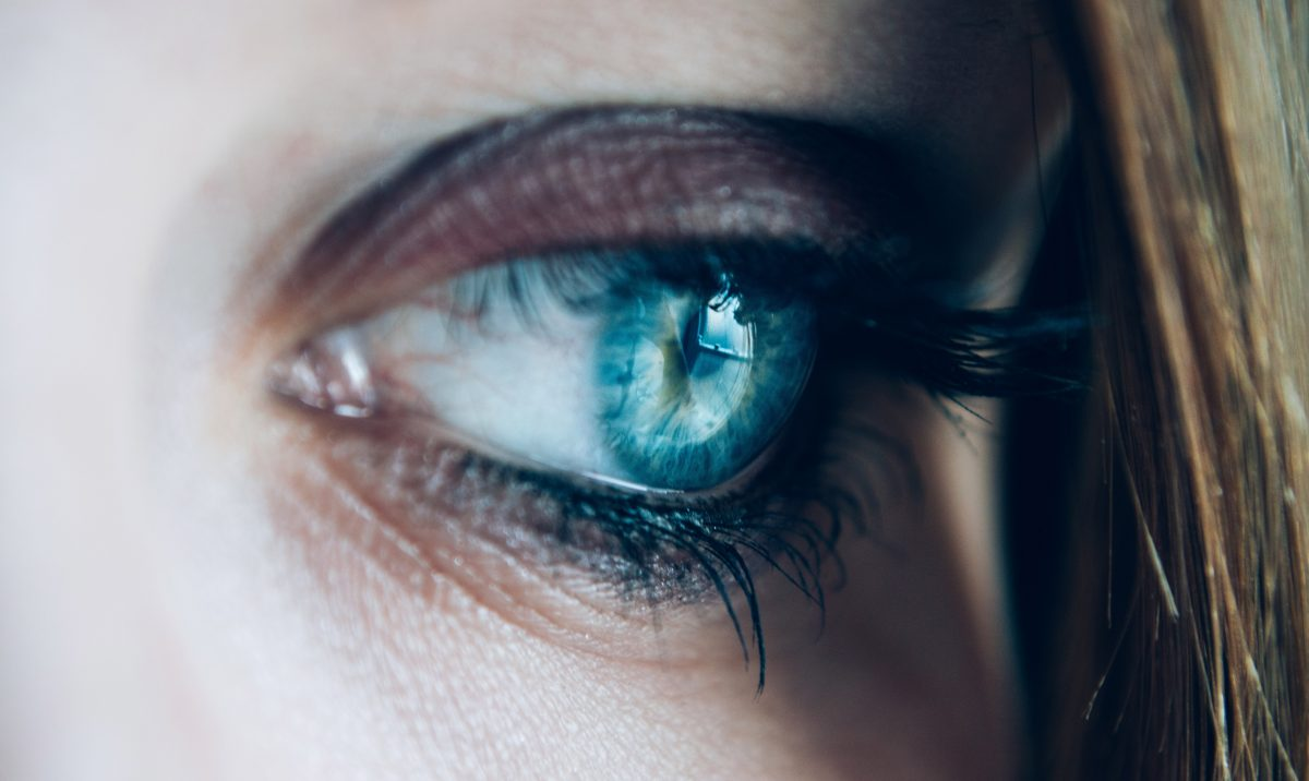 A womans eye to signify seeing a therapist